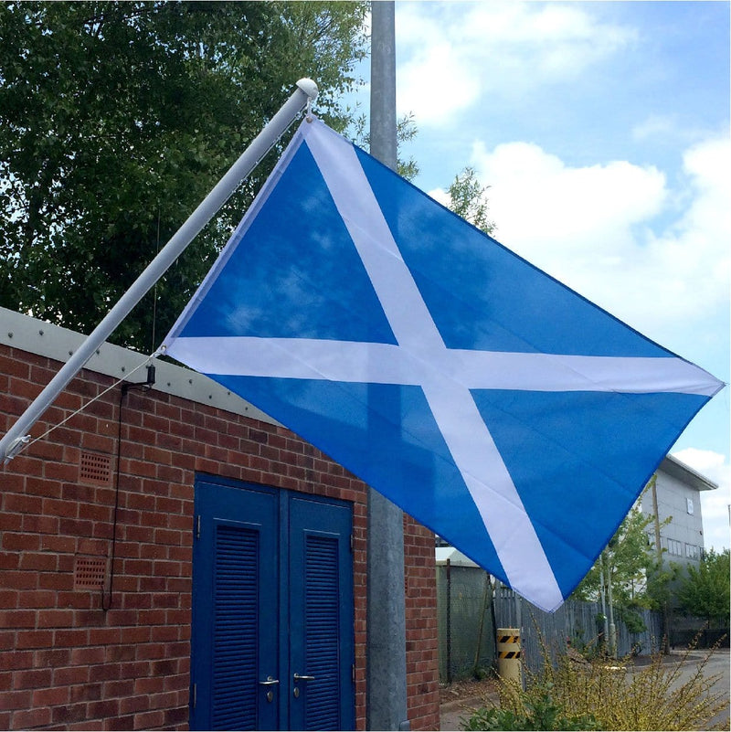 Budget St Andrews flag