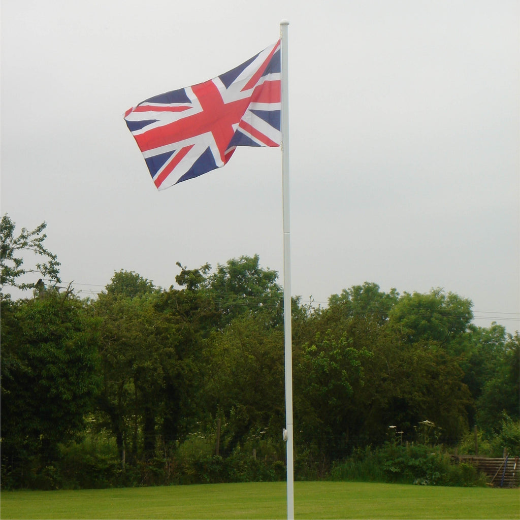 4.5 metre value flagpole