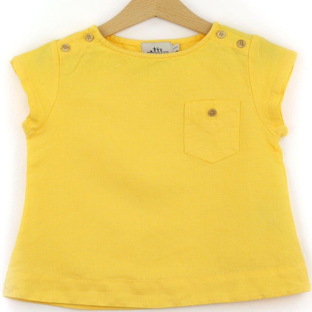 Linen t-shirt with chest pocket, yellow color - front