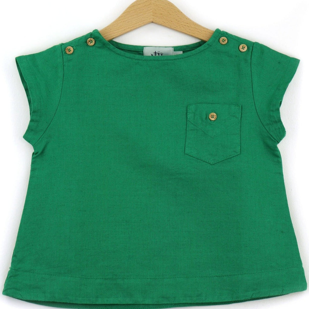 Linen t-shirt with chest pocket, green color - front