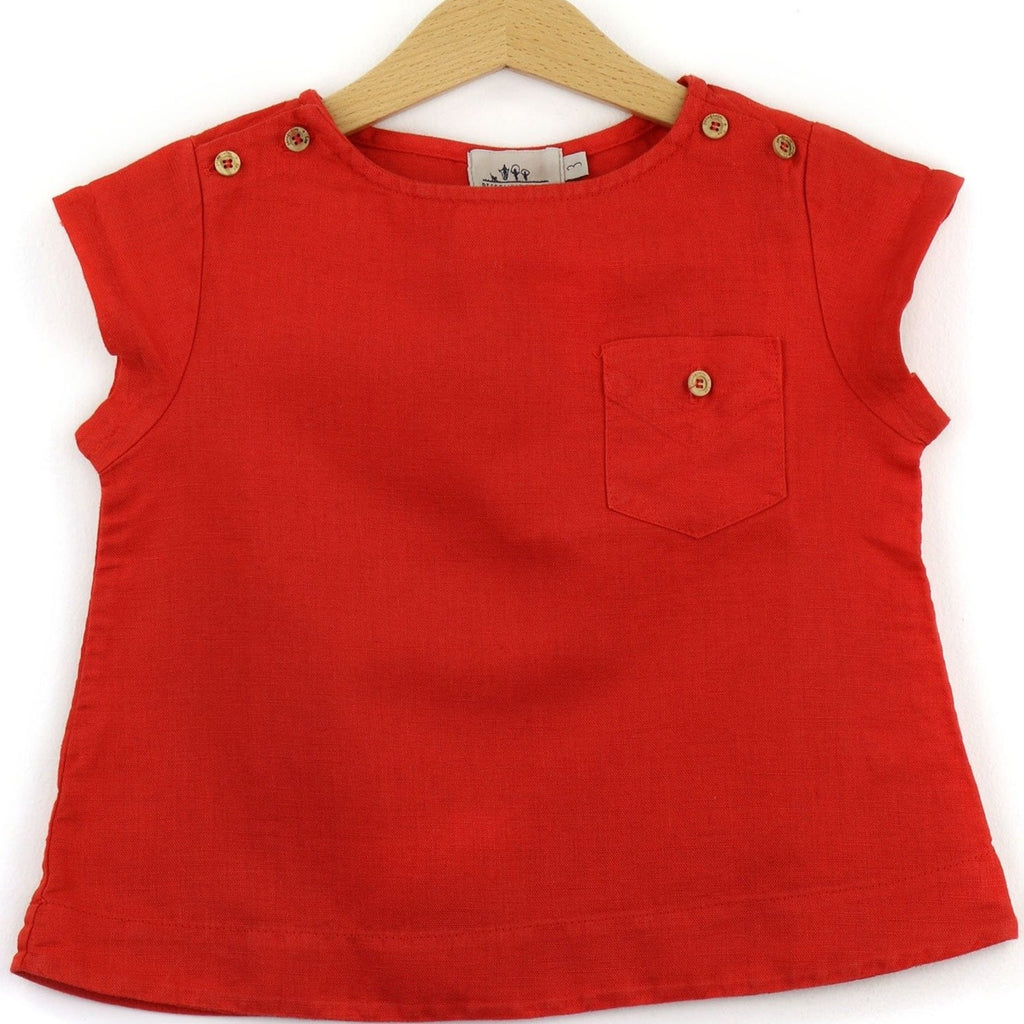 Linen t-shirt with chest pocket, red color - front