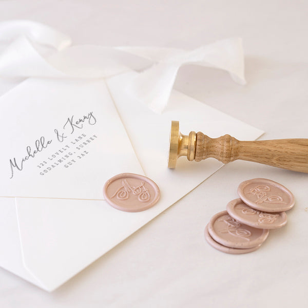 CALLIGRAPHY SCRIPT MONOGRAM WAX SEAL STAMP - NAOMI