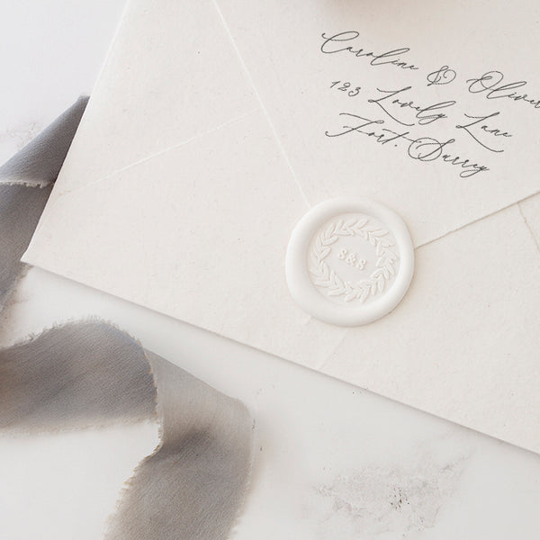Pretty White Monogram Wreath Wax Seals | Heirloom Seals