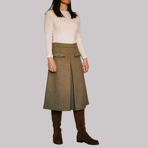 scottish wool tweed ladies culottes dark green and gold herringbone with blue check below the knee