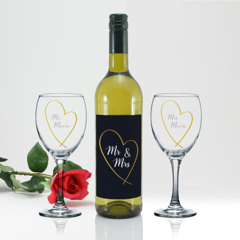 Personalised Mr & Mrs Gold Heart White Wine Gift Set