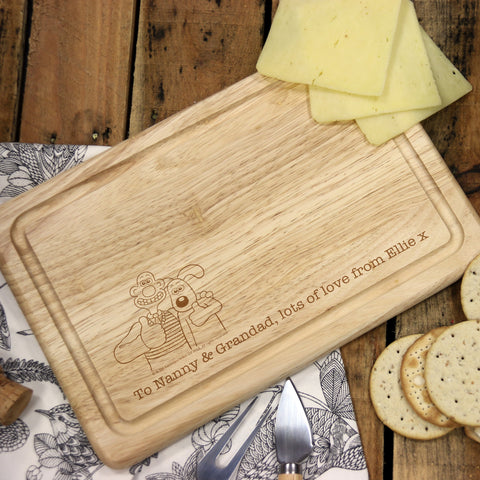 Wallace & Gromit 'Thumbs Up' Wooden Rectangle Cheese Board