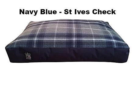 Duvet Box Border - Various Colours - Various Sizes - Navy Blue - St Ives Check, Animals & Pet Supplies by Low Cost Gifts