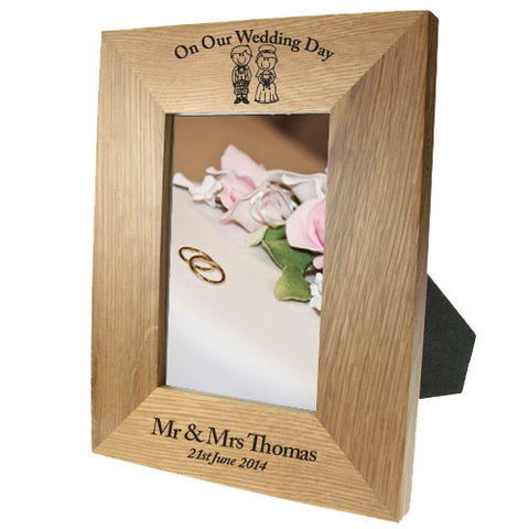 Portrait Wooden Oak 4x6 Frame: Scottish Bride & Groom