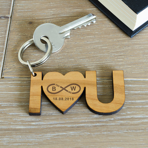Wooden Key Ring - ILY | ShaneToddGifts.co.uk
