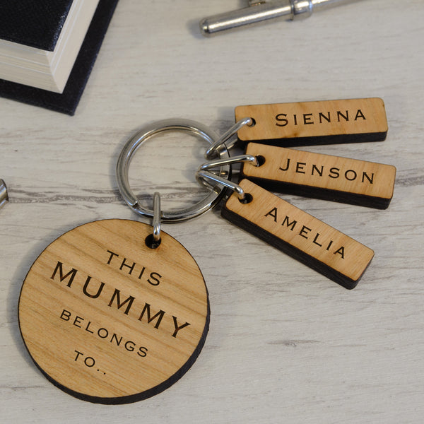 Personalised Wooden Key Ring - This Daddy / Mummy  belongs to.....