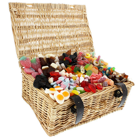 Personalised Gummy Delights Sweet Hamper | ShaneToddGifts.co.uk