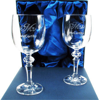 Engraved Mr and Mrs Crystal Wedding Wine Glasses