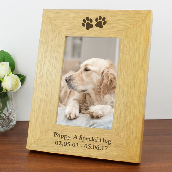 personalised-paw-prints-6x4-wooden-photo-frame