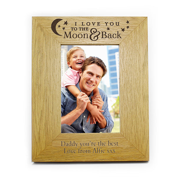 personalised-to-the-moon-and-back-oak-finish-6x4-photo-frame