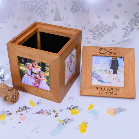 Mr/Mrs Infinity Photo Cube