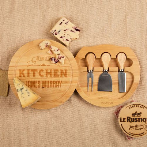 King of the Kitchen Customised Round Cheeseboard