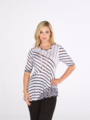 Karen Top Black Lines - CARINE