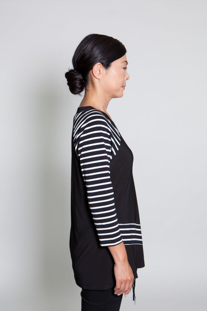 Top - Black w/ White Lines - CARINE