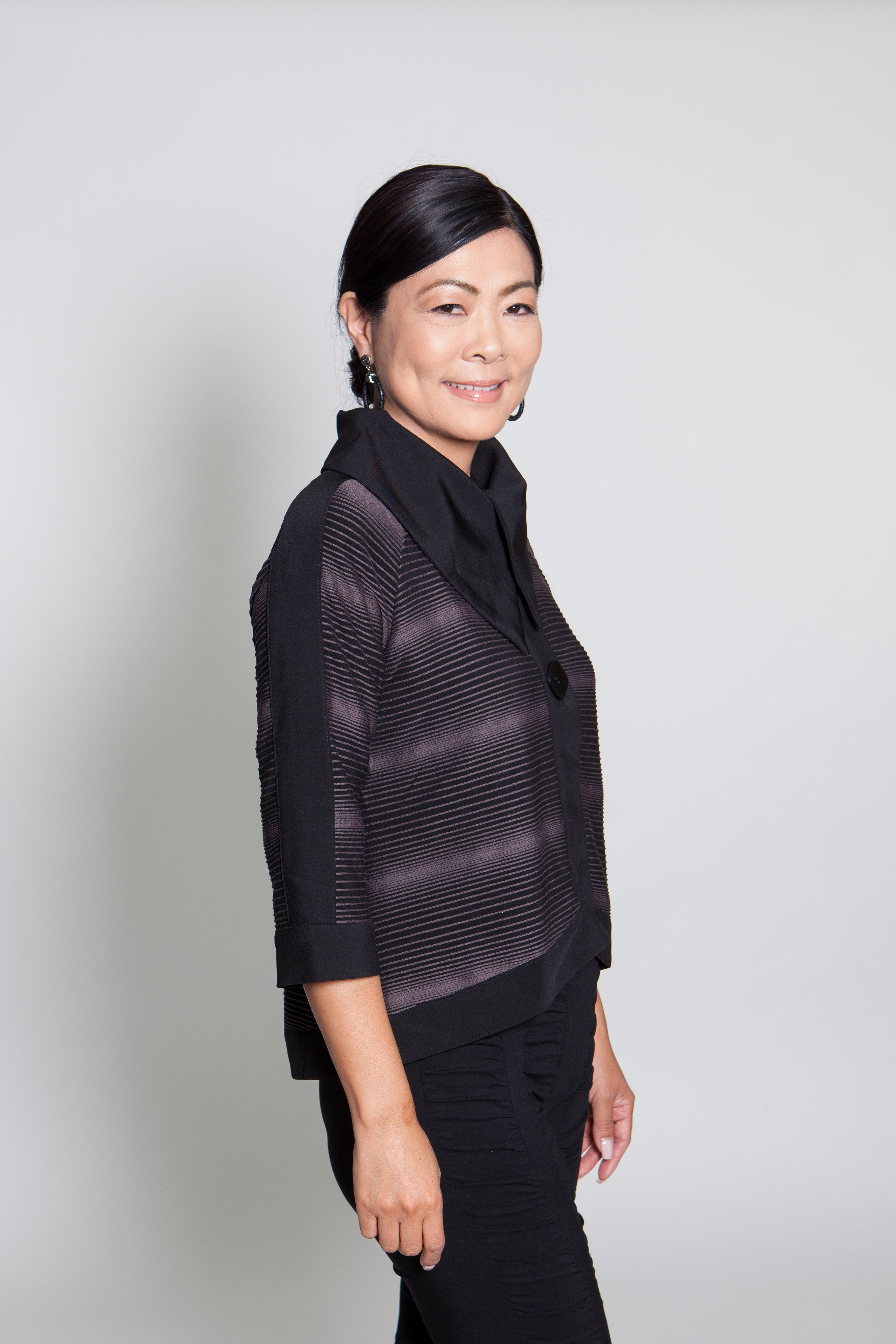 Jacket - Black w/ Gray Lines - CARINE