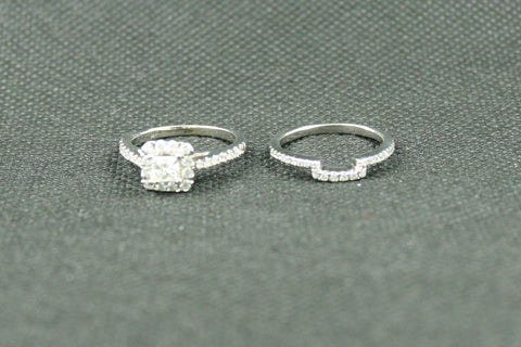 1TCW PRINCESS AND ROUND DIAMOND HALO WEDDING SET