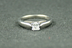 0.41CT PRINCESS CUT DIAMOND SOLITARE ENGAGEMET RING