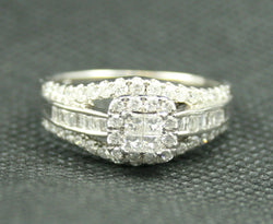 .50 TCW ROUND DIAMOND CLUSTER STYLE RING