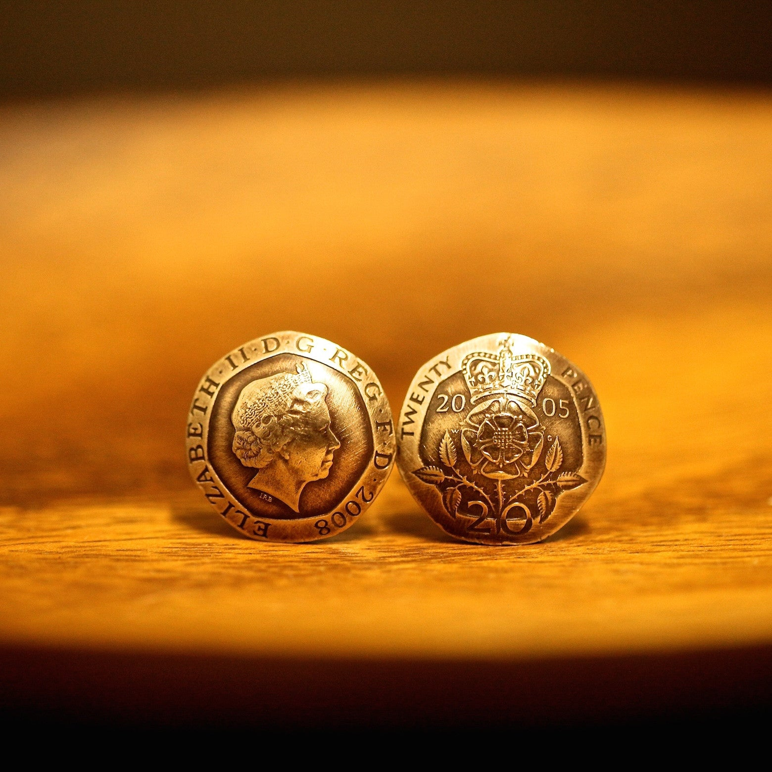 Dee Gogh Cufflinks with British 20 Pence