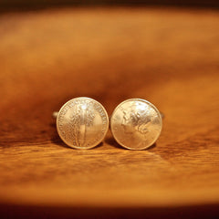 Cufflinks with the US and Canadian Coins