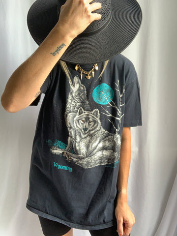 '87 WYOMING WOLVES TEE