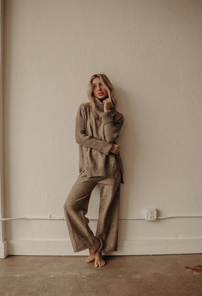 LAZY CHIC SWEATER SET