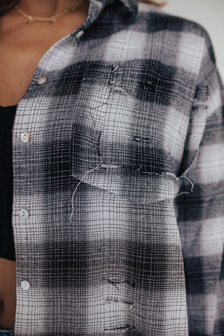 DISTRESSED EDGY PLAID TOP