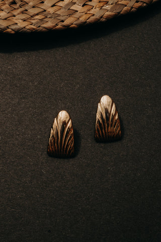 ETCHED OVAL EARRINGS