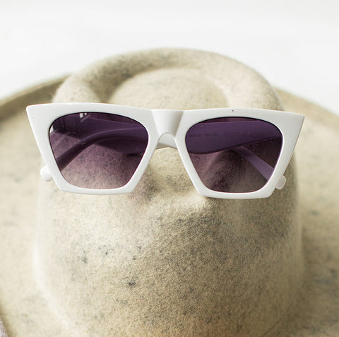 HAILEY RETRO SUNNIES (2 colors)
