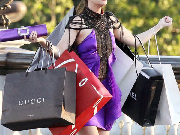 4 Mistakes You Need To Avoid While Shopping For Luxury Fashion