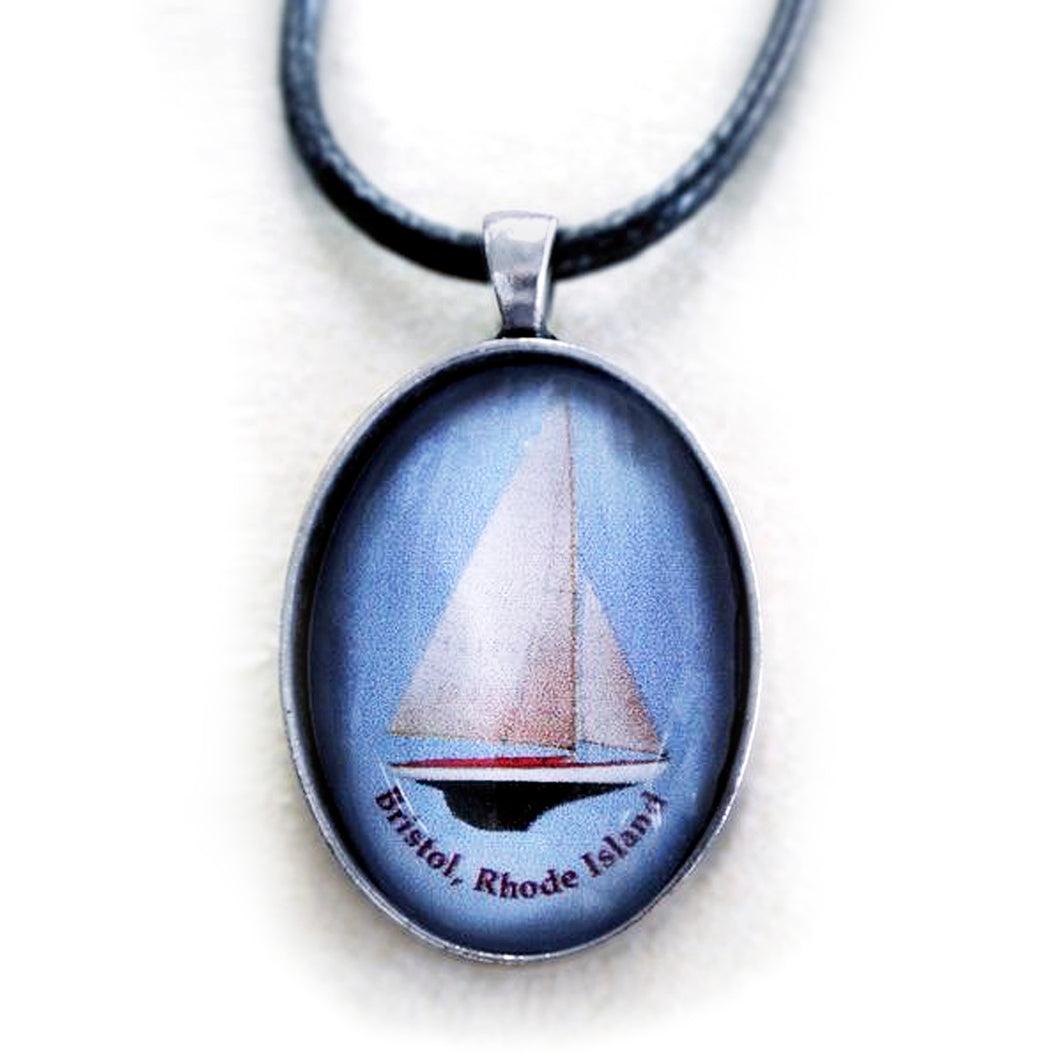 Cabochon S-Boat Necklace