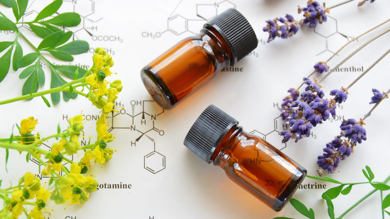 The Best Essential Oils for Common Ailments