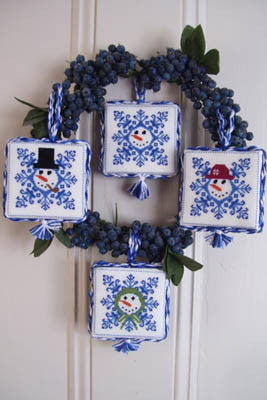 Frosty's Tree Trimmers - By The Bay Needleart