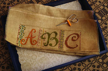 Calico Sampler - Summer House Stitche Workes