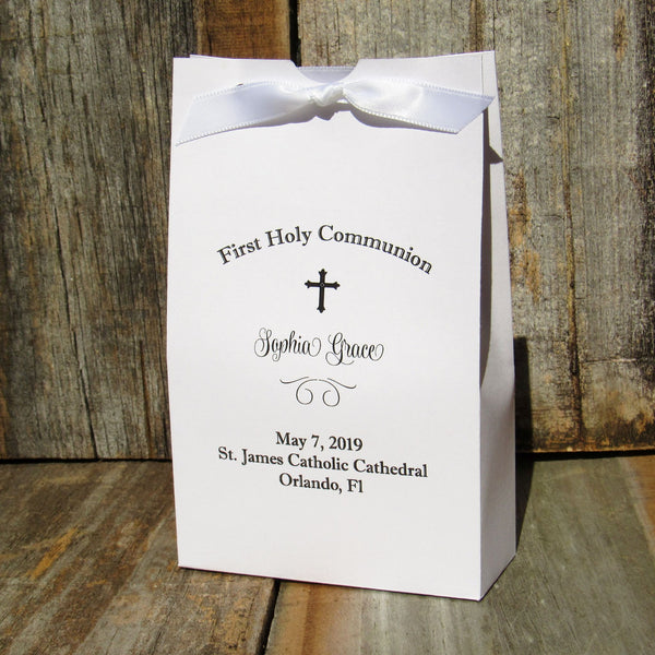 These finely crafted First Communion favor boxes make the perfect way to package sweet surprises for your guests