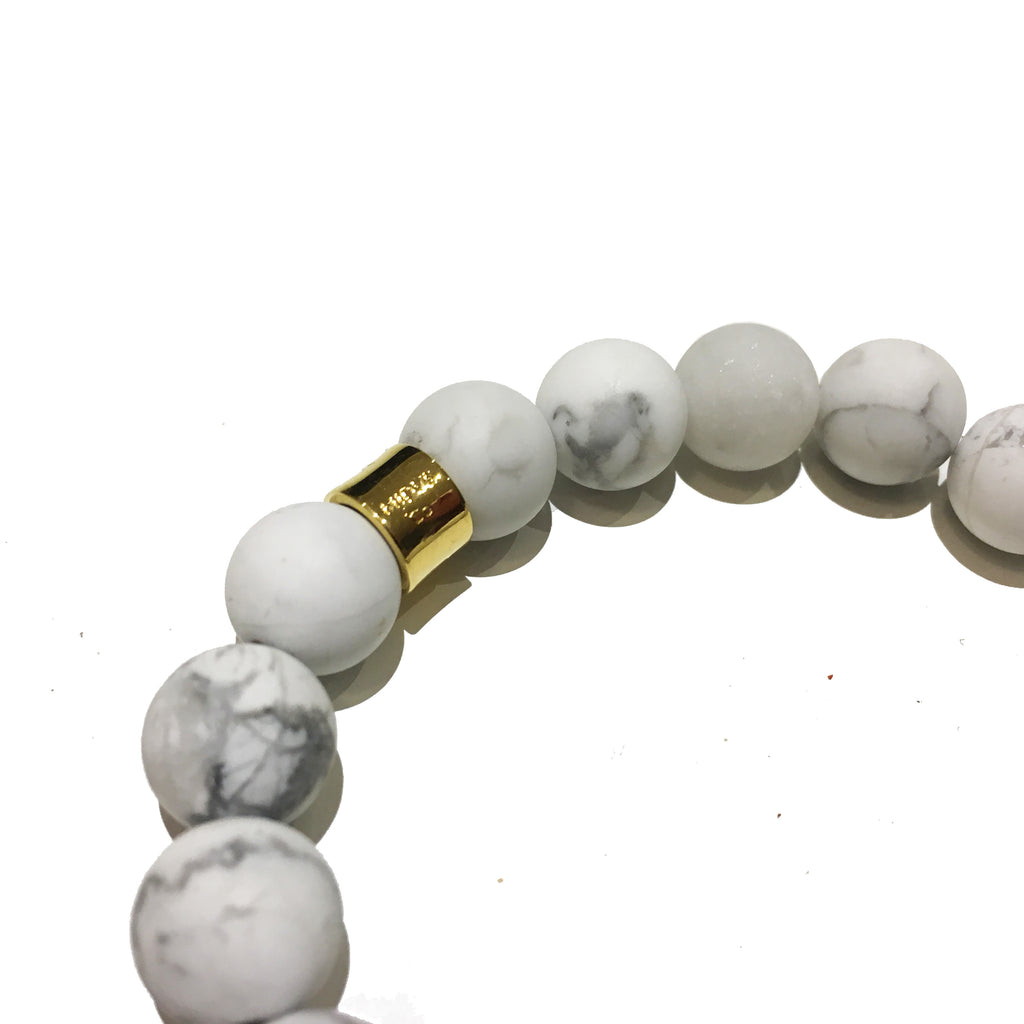 The Kranion White Beaded Skull Bracelet - Gold