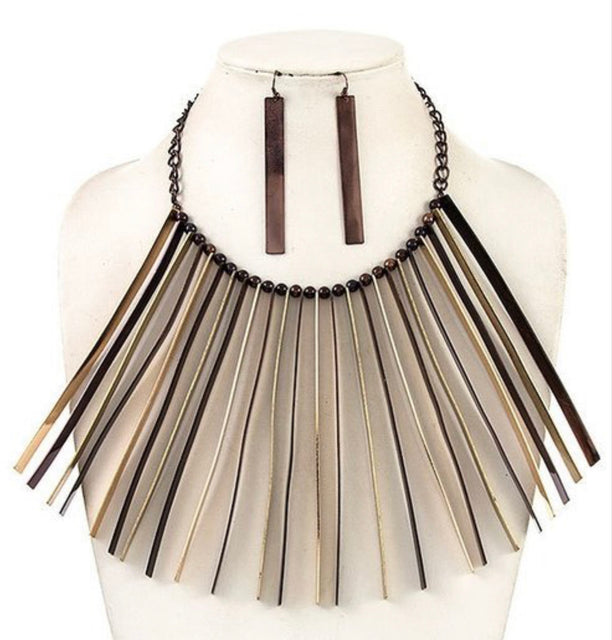 Fringe Benefit Necklace Set