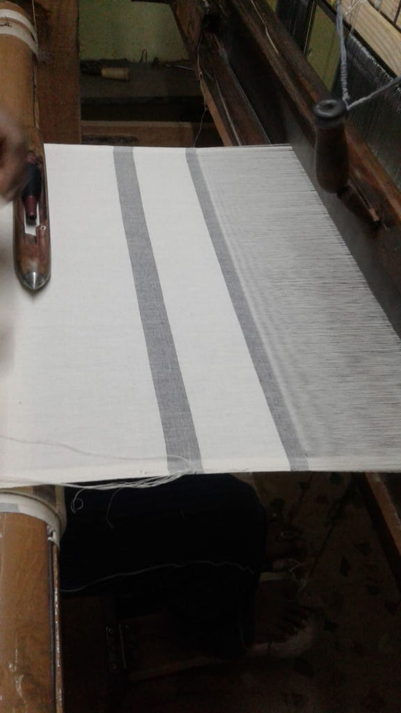 Process of making the Striped Table Napkins on Loom, Made in India