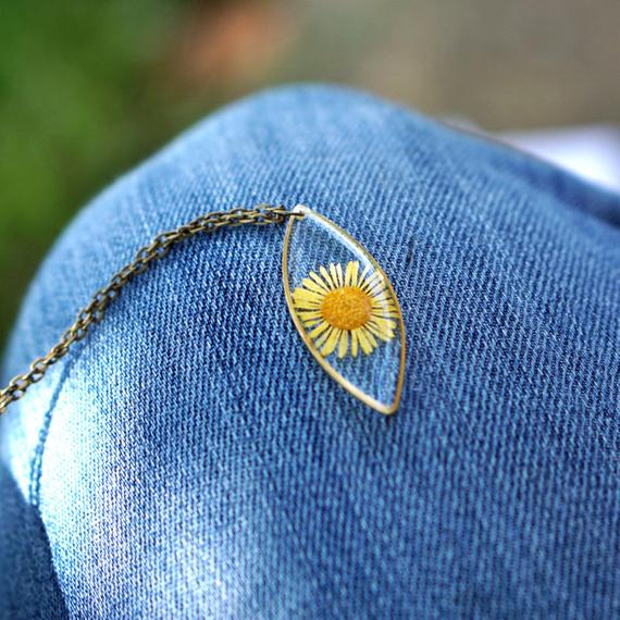 Yellow Daisy Pendant Necklace