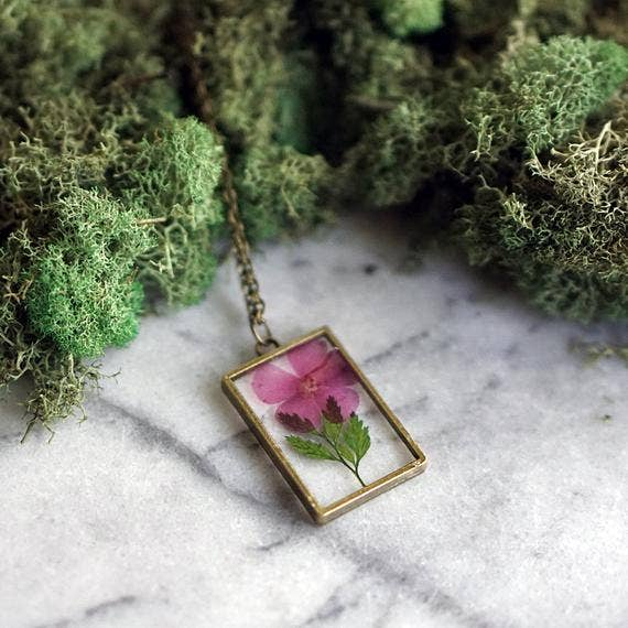 The Pretty Pickle - August Birth Flower Necklace