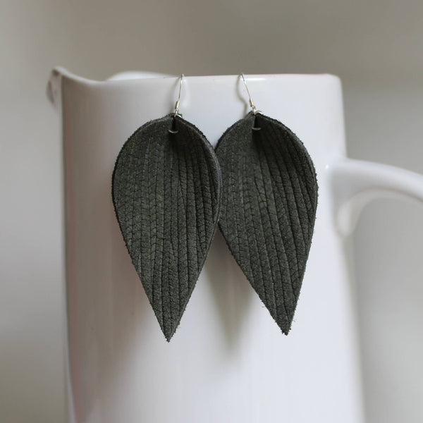 A New Grace - Olive Green Weave Leaf Earrings