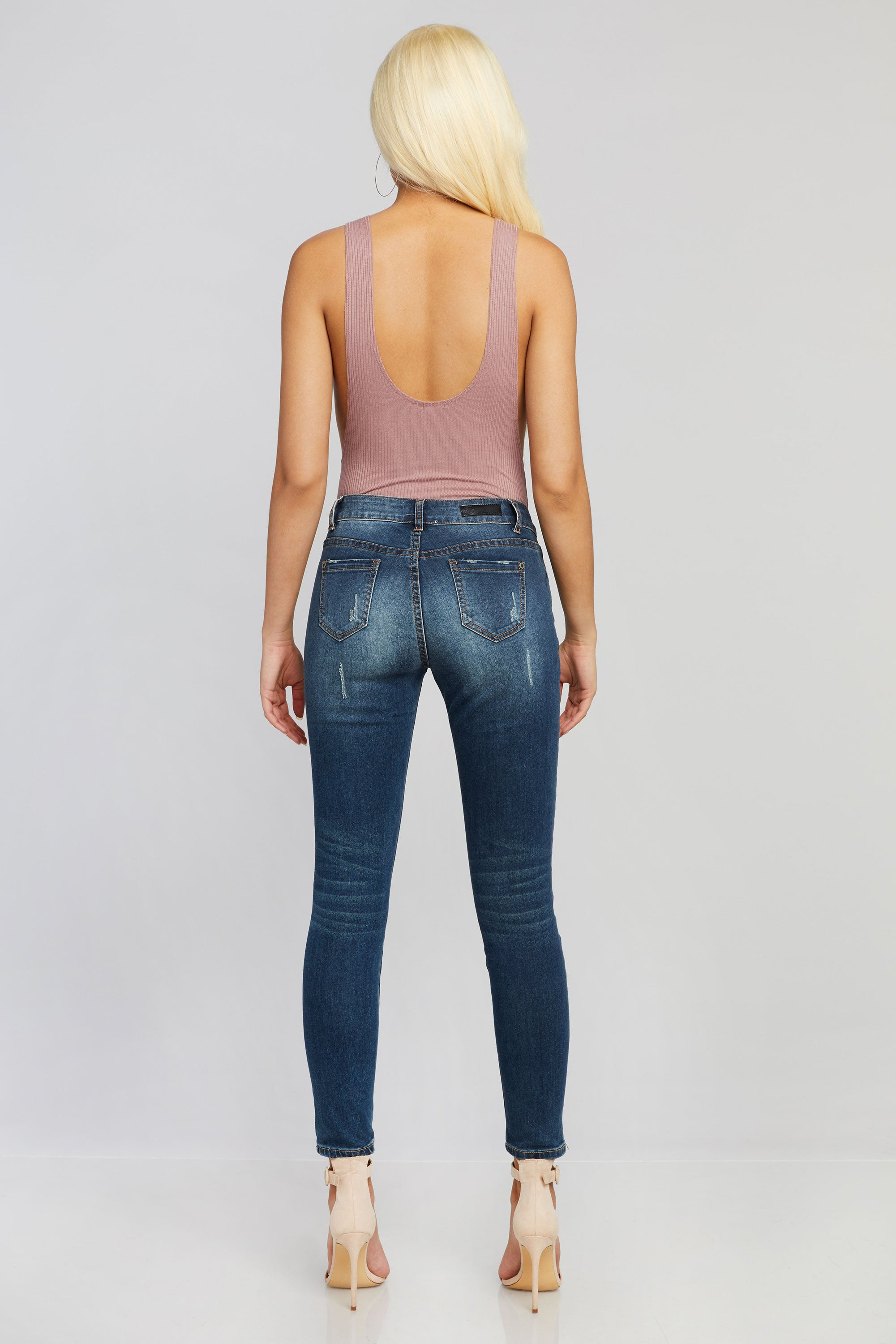 Cydney Distressed Jeans