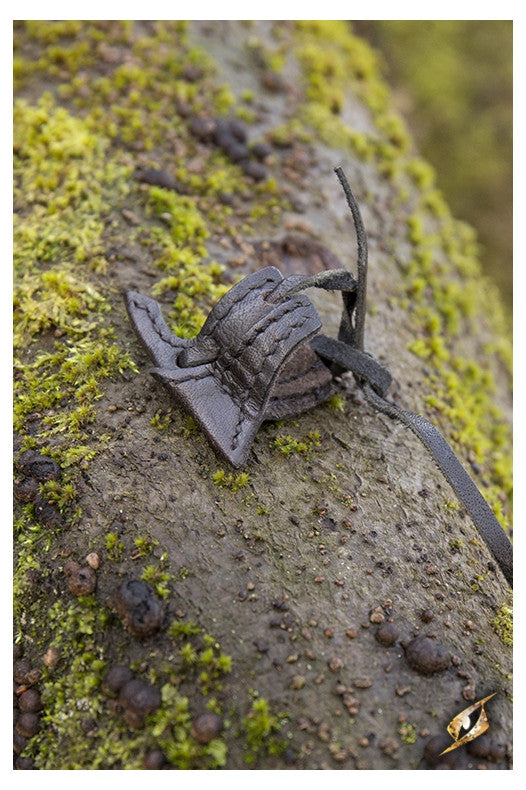 Elven Hook Holster (Black/Brown)