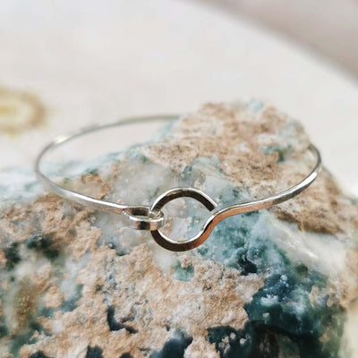 Bracelet Karma Circle and Hook Latch Bracelet Sterling silver Lisa Ing
