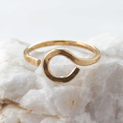Ring KARMA OPEN CIRCLE RING 6 / 14k Gold Filled Lisa Ing