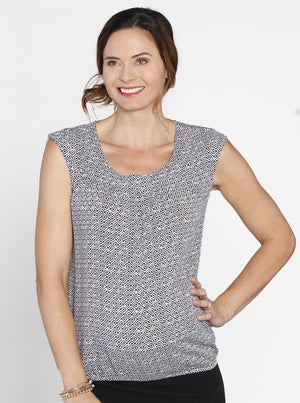 Maternity Maternity Round Neck Top in Black & White Print